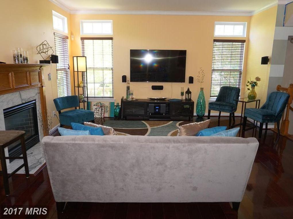 14729 Links Pond Cir, Gainesville, VA 20155