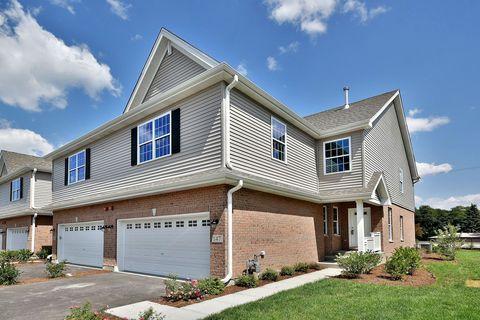 Photo of 242 N Auburn Hills Ln, Addison, IL 60101