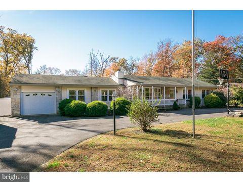 89 Stokes Rd, Shamong Township, NJ 08088
