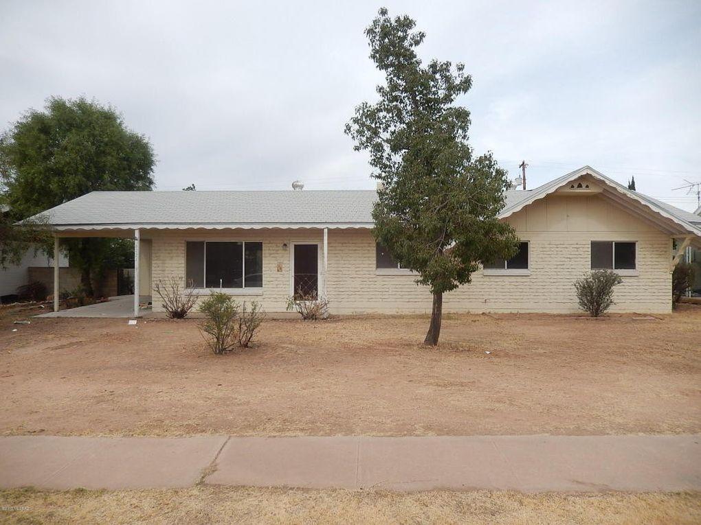 6221 E Calle Silvosa, Tucson, AZ 85711