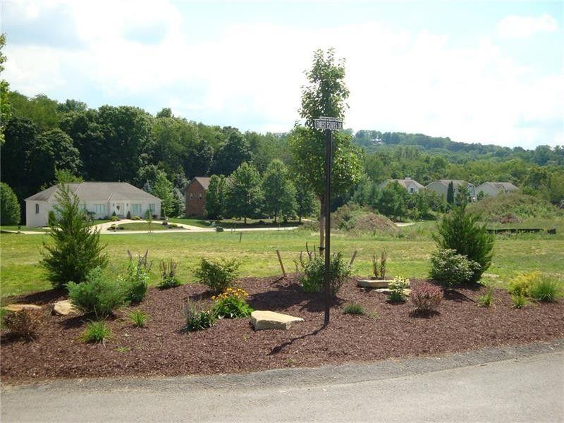 Forest Estates Dr Lot 17, Upper Saint Clair, PA 15241
