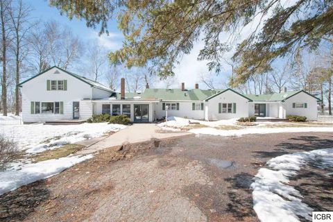 Photo of 3705 Golf Course Rd, Grand Rapids, MN 55744