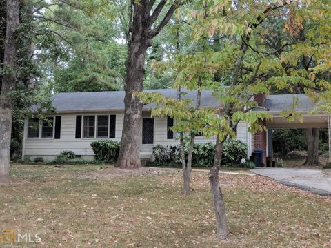 Photo of 1710 Woodlawn Ave, Gainesville, GA 30501