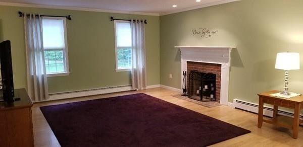 33 Emerald Rd, Rutland, MA 01543