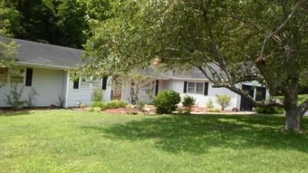 190 Ziegler Dr, Pikeville, KY 41501