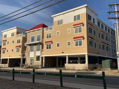 128 Ashworth Ave Unit 205, Hampton, NH 03842