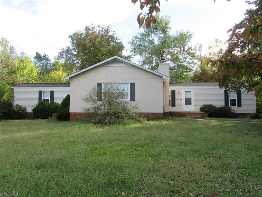 1750 Berry Ln Pleasant Garden Nc 27313
