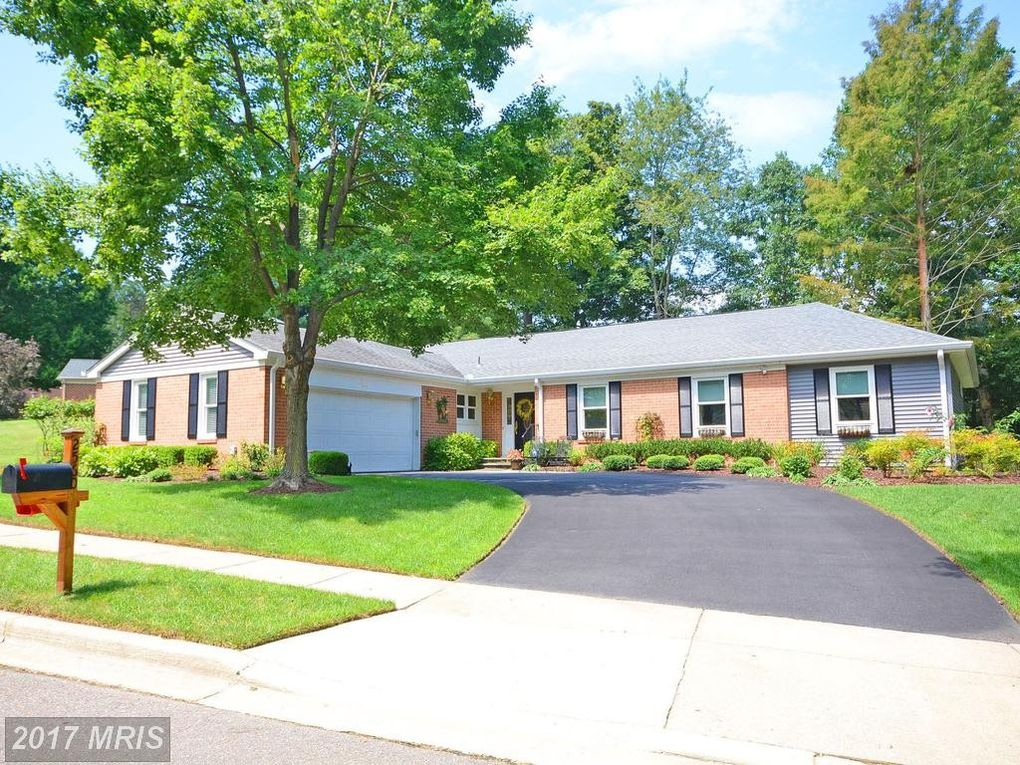 2560 Forest Knl Annapolis, MD 21401
