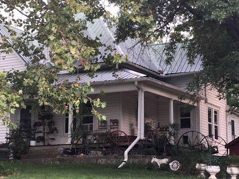 Photo of 7127 Sw Grindstone Rd, Stewartsville, MO 64490