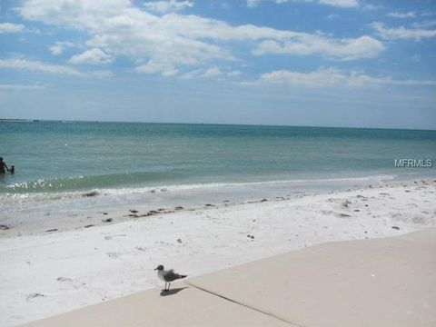 200 1st Ave Apt 207, Pass A Grille, FL 33706