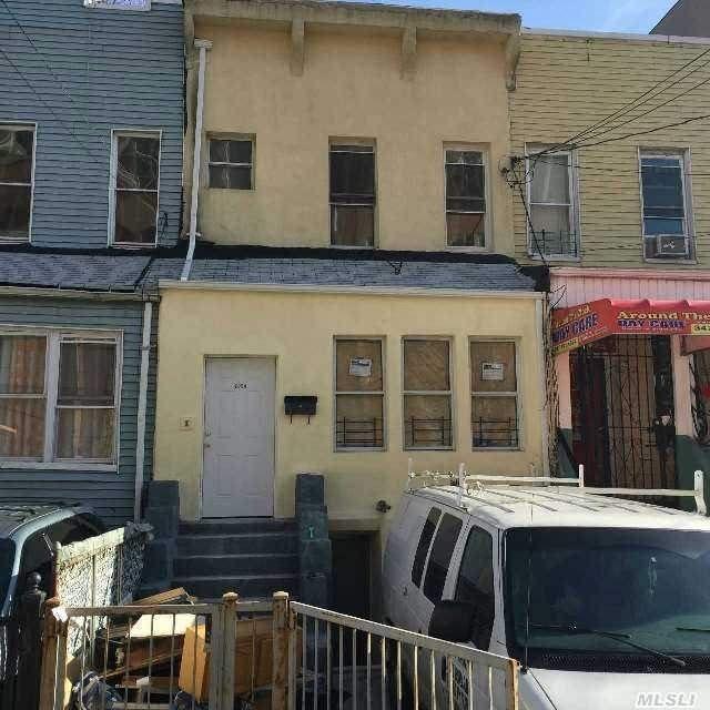 2054 Arthur Ave, Bronx, NY 10457