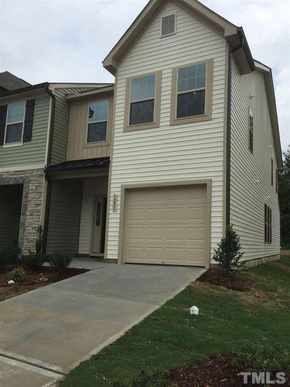 1223 Garden Stone Dr, Raleigh, NC 27610 - realtor.com®