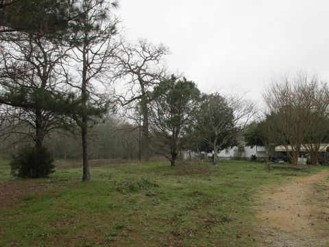 Photo of 192 An County Road 4258, Palestine, TX 75803