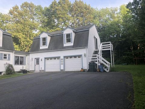 Photo of 408 Patriots Rd Unit B, Templeton, MA 01468
