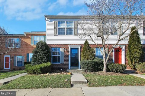 555 Cotswold Ct, Frederick, MD 21703