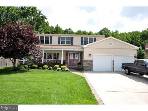 Mount Laurel, NJ Houses for Sale with 2-Car Garage - realtor.com®