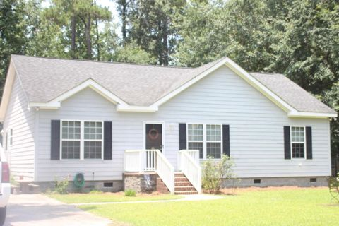 114 James St, Walterboro, SC 29488