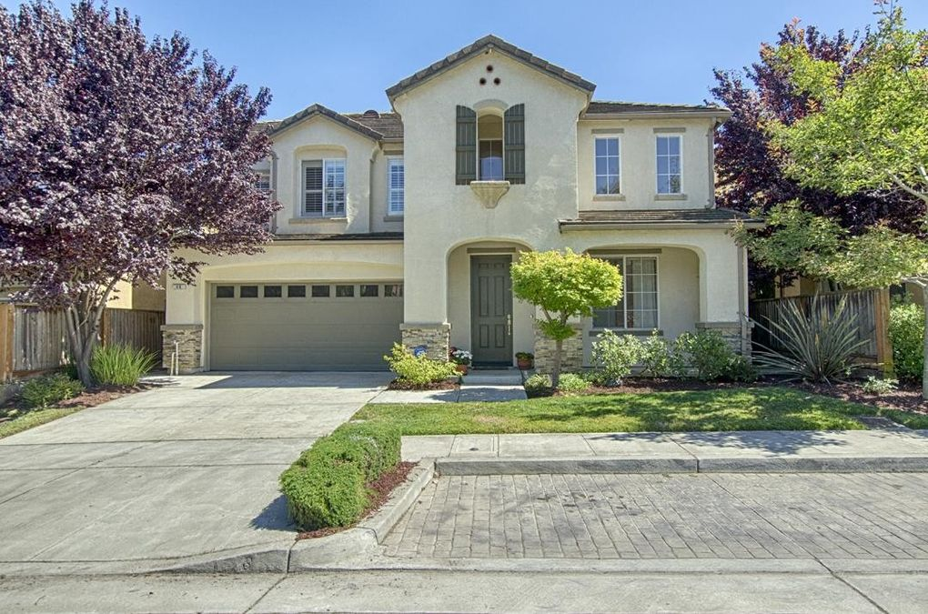 46 Quinta Vista St, Watsonville, CA 95076