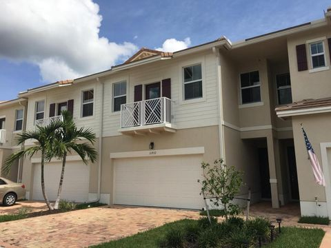 11937 Park Central, Royal Palm Beach, FL 33411