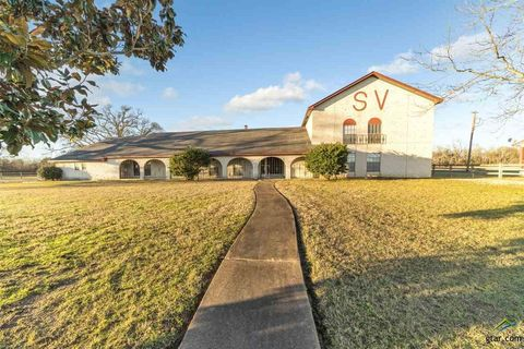 Photo of 11074 State Highway 64 W, Overton, TX 75684