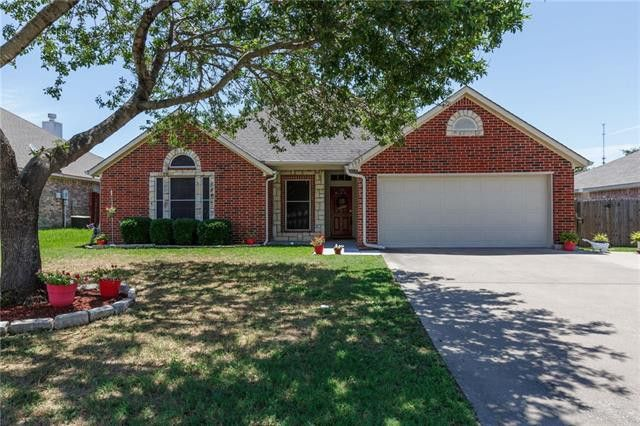 1025 Oak Grove Ln Royse City, TX 75189
