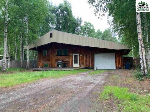 Photo of 2431 Schutzen St, North Pole, AK 99705