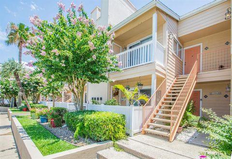 Photo of 3506 Cove View Blvd Apt 109, Galveston, TX 77554