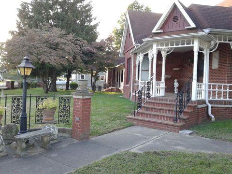 Photo of 306 N Lafayette St, Worthington, IN 47471