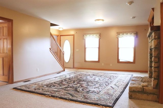 6346 Newtonsville Rd, Wayne Township, OH 45162 - Bedroom