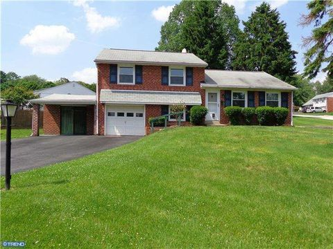 4801 Cooper Rd, Brookhaven, PA 19015