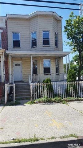 102 02 32nd Ave, East Elmhurst, NY 11369