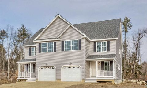 1 Annika Lee Dr, Epping, NH 03042