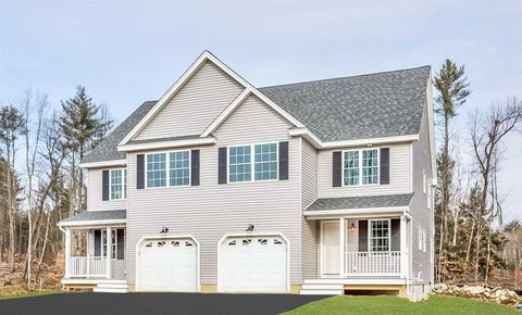4 Annika Lee Dr, Epping, NH 03042