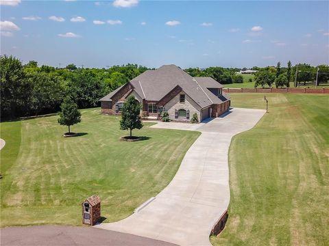 moore ok 5 bedroom homes for sale realtor com rh realtor com Zillow Oklahoma City OK Condominiums in Oklahoma City