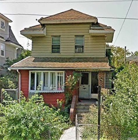 1516 E 15th St, Brooklyn, NY 11230
