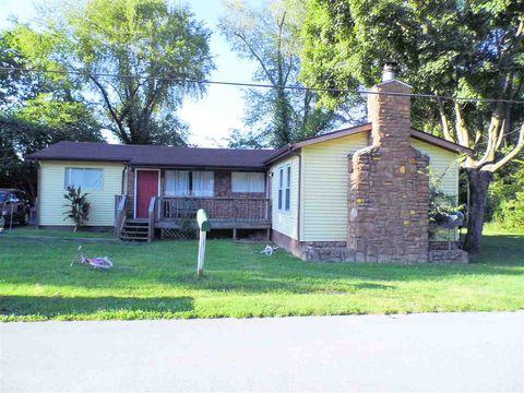 736 Maple St, Auburn, KY 42206