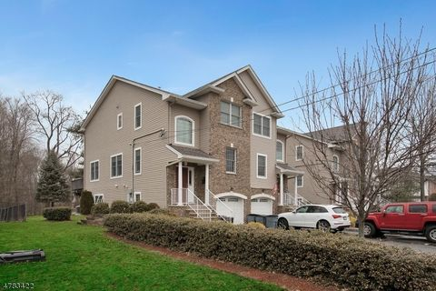 28 Wanamaker Ave, Waldwick, NJ 07463. Multi Family Home