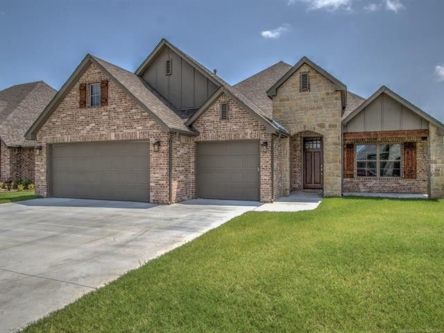 8111 N 74th East Ave, Owasso, OK 74055