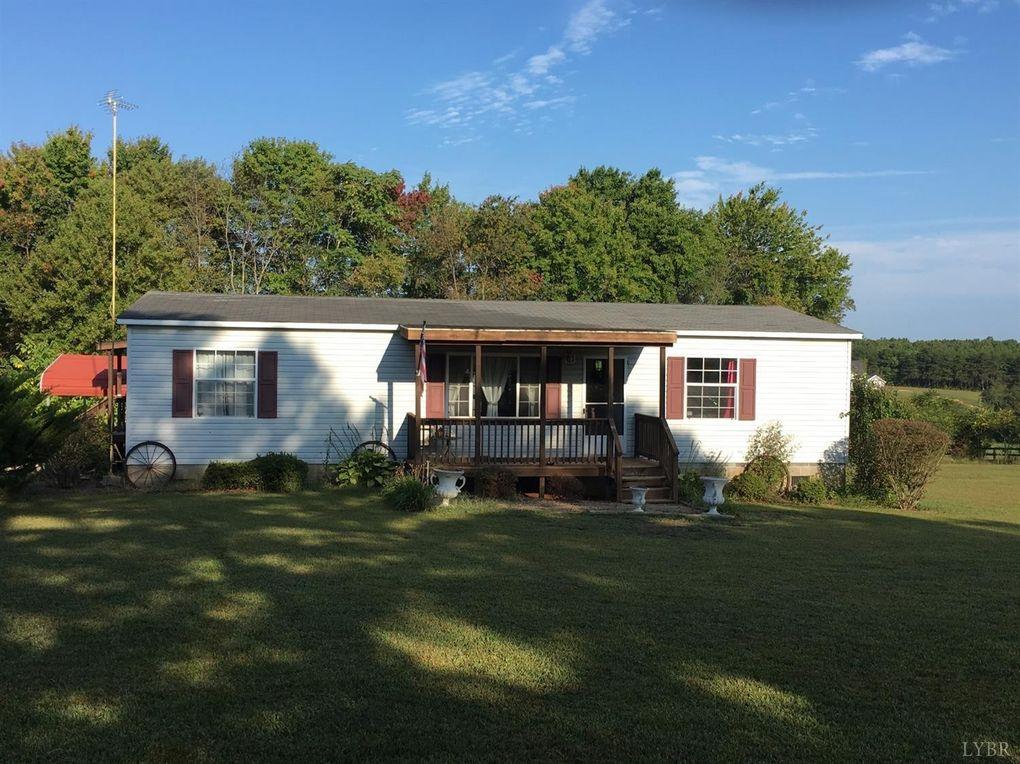 1553 Austins Rd, Gladstone, VA 24553