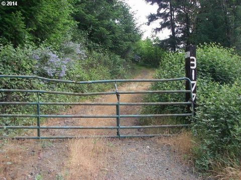 3177 Weaver Rd, Riddle, OR 97469