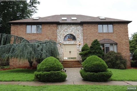 Photo of 141 Burton Ave, Hasbrouck Heights, NJ 07604