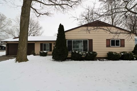 4914 Craig Rd, South Bend, IN 46614