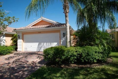 Photo of 11409 Sw Pembroke Dr, Port Saint Lucie, FL 34987