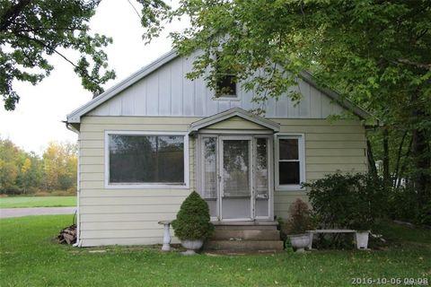 875 New Rd, Amherst, NY 14228