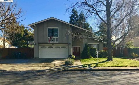 Photo of 650 Shelley St, Livermore, CA 94550