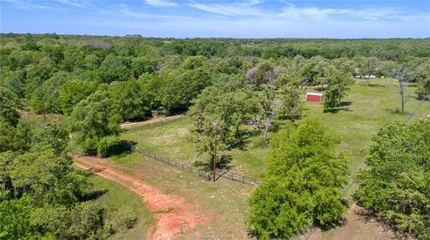 Photo of 9850 Private Road 1014, Caldwell, TX 77836