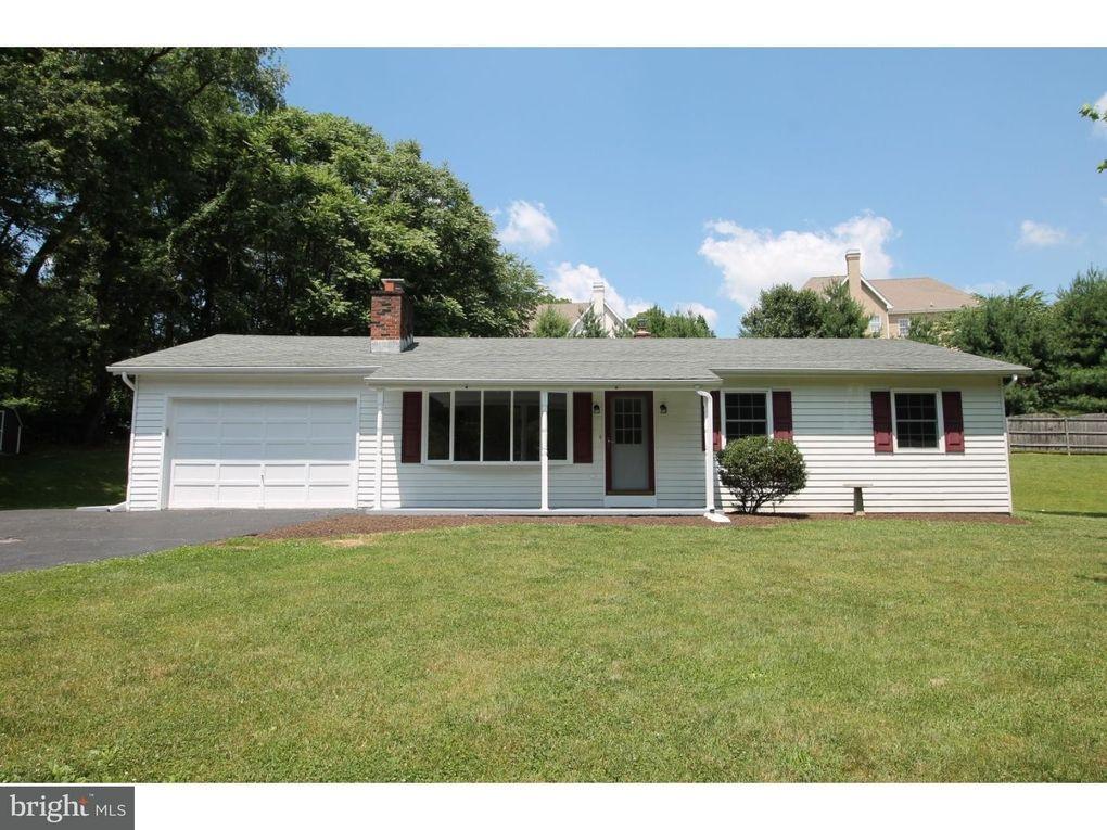 339 Bucktoe Rd Avondale, PA 19311