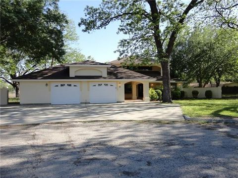 Photo of 5 Mayfield Dr, Del Rio, TX 78840