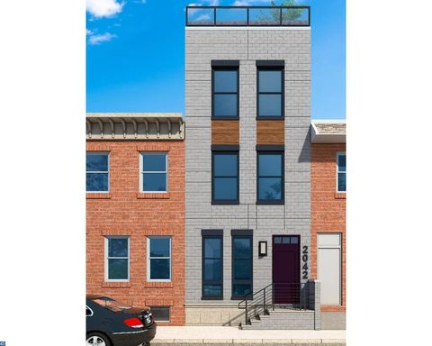2042 Pemberton St, Philadelphia, PA 19146