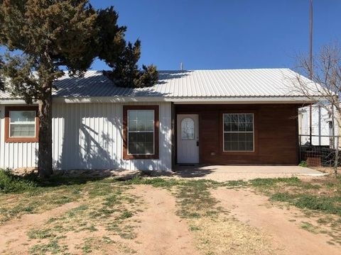 Photo of 906 Todd Rd, Midland, TX 79706